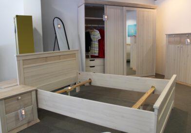 Hochwertige Schlafzimmer – Schwebetürenschränke – Betten – Kommoden